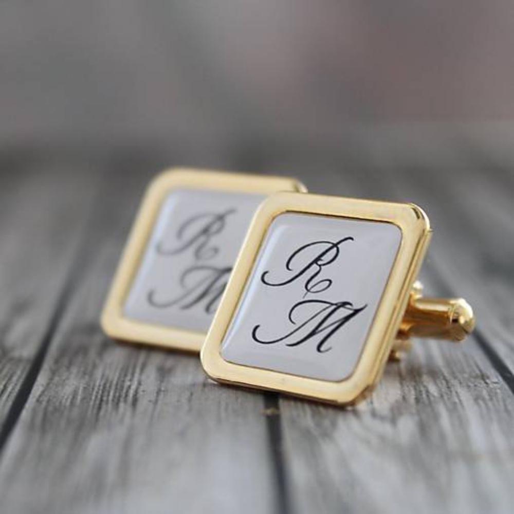 58802d2a09aa Ručne robené manžetové gombíky zlatej farby - skvelé na svadbu i výročie